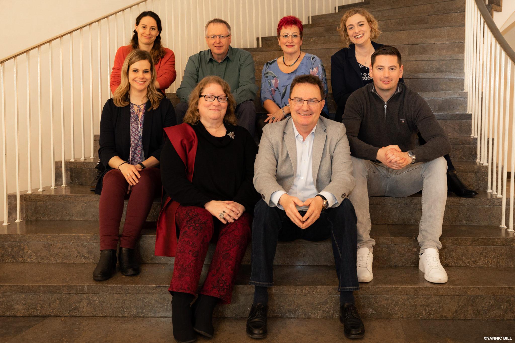 Gruppenbild der Geschäftsstelle der SPD-Fraktion mit allen Mitarbeitern, Stand März 2020