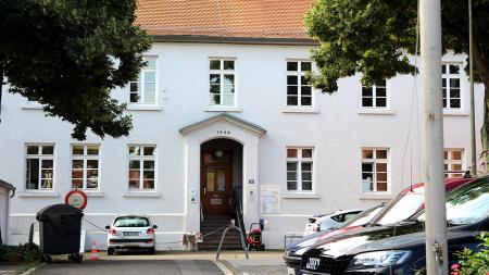Bergen-Enkheim Verwaltungsstellle Außenansicht